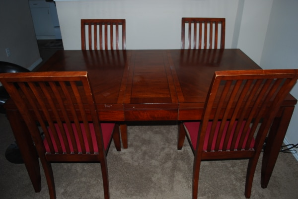 Hom Furniture Dining Set Including 4 Chairs