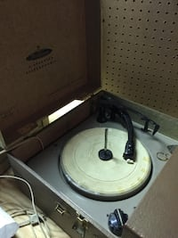 Record Player CHAGRINFALLS