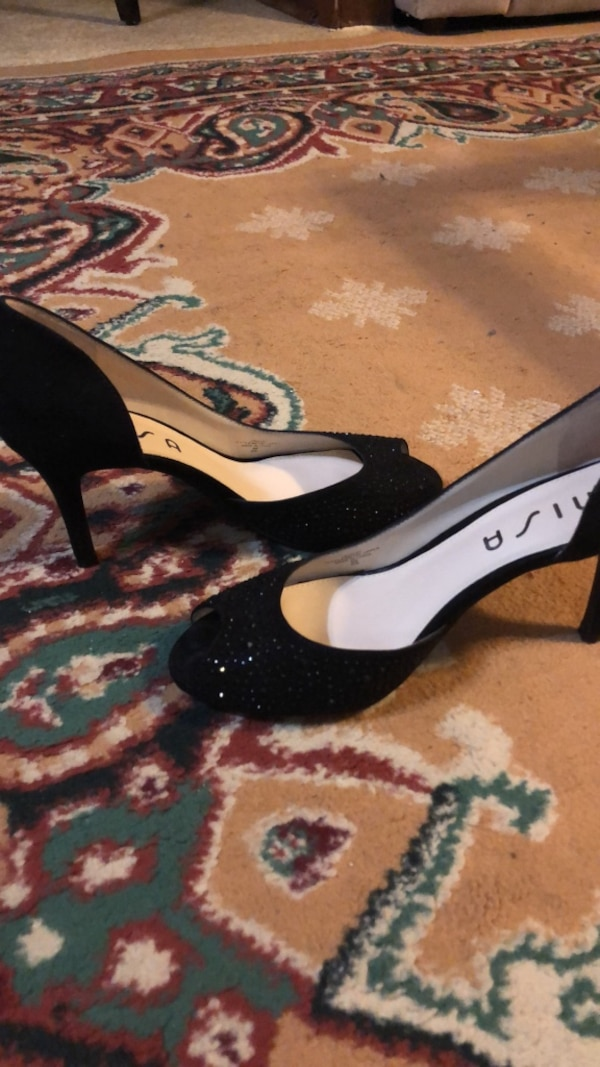 022348416d7b Used Dress Shoes 8M for sale in Baton Rouge - letgo