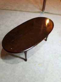 Small size coffee table Mississauga, L4W 1S9