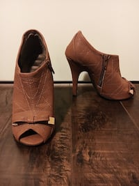 Chesnut Brown Peep Toe Heels Surrey, V3W 4N2
