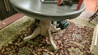 Round Two Tone distressed gray table  Spring, 77373