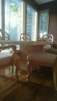 Dinning room Table & 6 chairs-2 captain & coffee t Hawkestone, L0L 1T0