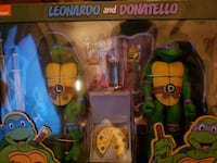 NECA TMNT donnie and leo toy