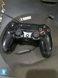 black Sony PS4 game controller Louisville, 40212