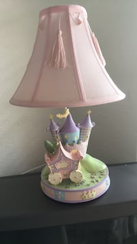 pink and green floral table lamp Hialeah, 33012