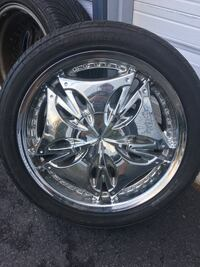 Chrome multi-spoke car wheel with tire East Longmeadow, 01028