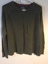 Campus Crew-V neck sweater-Men's medium London, N6H 1P8