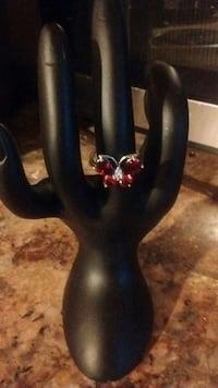 Blood ruby butterfly ring size 7 Bristol, 37620
