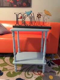 Accent table or plant stand.. all wood. Bakersfield, 93309