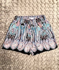 Blossom by P shorts paid $42 Size S new never worn! Great quality and excellent condition.