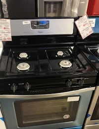 **New Scratch & Dent Stainless Gas Stove Whirlpool ** Farmingdale
