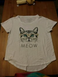 Cute cat blouse (size medium) Fort Worth, 76116