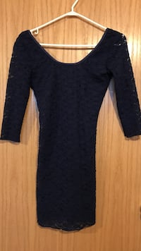 Navy blue long sleeve dress size small Winnipeg, R2W 1P3