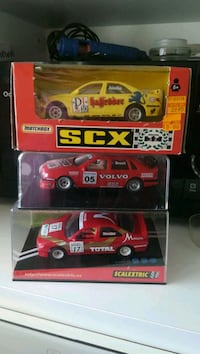 Scalextric lote de tres coches srs peugeots i volvo Sabadell, 08208