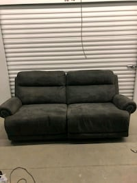 2 recliner couch Omaha, 68105