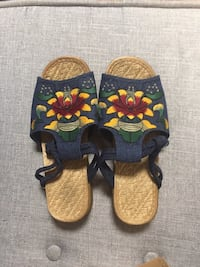 Embroidered Linen Sandals Size 6.5 Woodbridge, 22192