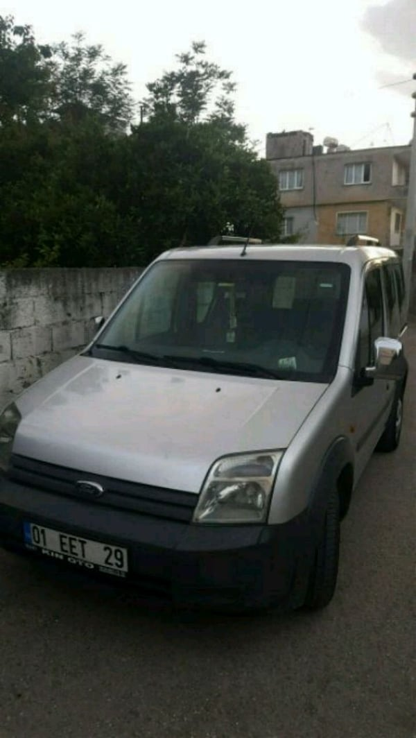 ford connect - ford - 2009 c9bbab28-6cdc-4bec-b2eb-d7ffc1ee9cba