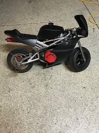 Black 50cc pocket bike 2331 mi