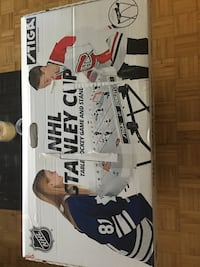 NHL Stanley cup table hockey game WITH STAND