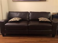 Brown leather 2-seat sofa Alexandria, 22306