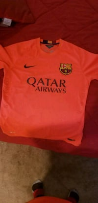 orange Nike crew-neck shirt El Paso, 79902
