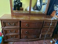 Dresser with mirror  Woodbridge, 22193