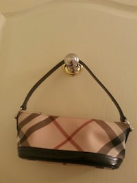 Authentic Burberry Classic Purse