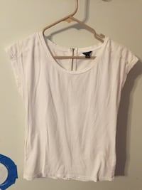 Like new size small by Anna Taylor Bakersfield, 93308