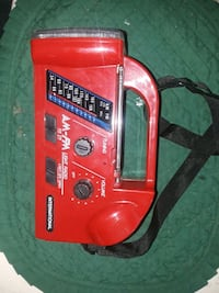 New radio with built in flash light  Marshall, 75672