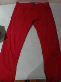 pantalon en denim rouge Paris, 92100