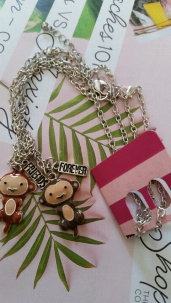 2 CHAINS WITH MONKEY CHARMS  FOR 2 FRIENDS 367eb386-2551-425c-8f62-66762491c417