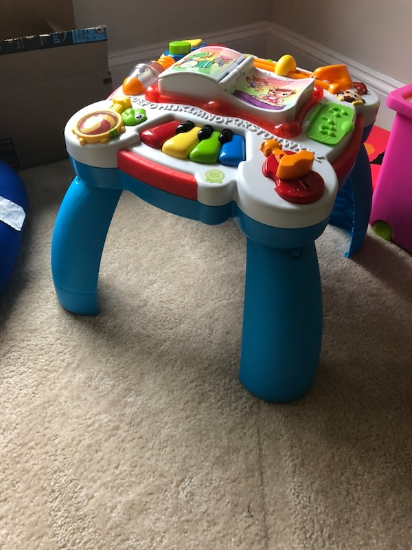 Vtech Sit And Stand Play Table