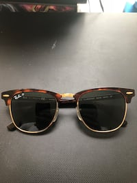 black framed Ray-Ban sunglasses Maynard, 01754