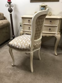 French style accent chair Purcellville, 20132