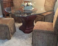 5 piece table and chairs Maple Ridge, V2X 8W7