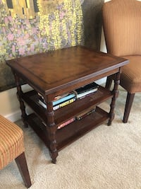 Ethan Allen lamp end table Vienna, 22180