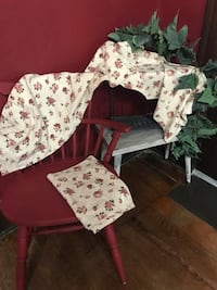 2 Matching Country Shabby Chic Valances Chillicothe, 45601