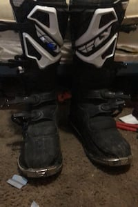 fly racing boots good condition will negotiate