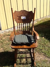 Antique rocking chair South Haven, 49090