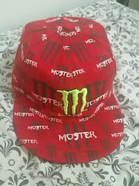 Moster hat