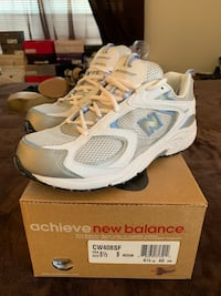 pair of white-and-gray Reebok running shoes Woodbridge, 22191