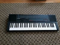 Casio Piano Keyboard (needs cord) 68 km