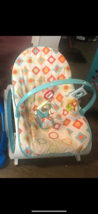 baby's white and blue bouncer Haverhill, 01832