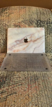 13' Gold Marble MacBook Air Hard Case Winnipeg, R2N 3X1