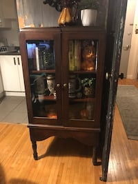 Antique cabinet New Westminster, V3M 1J9