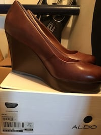 Brand New Leather Size US8 Toronto, M3H 2T6