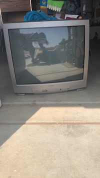 gray CRT TV with remote Moreno Valley, 92555