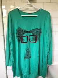 green woman graphic scoop-neck long-sleeved shirt