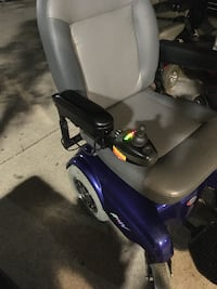 electric wheelchair merits with life seat